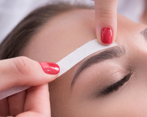 brow-waxing